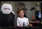 Thần đồng 6 tuổi bị khóa tài khoản ngay trên sóng livestream
