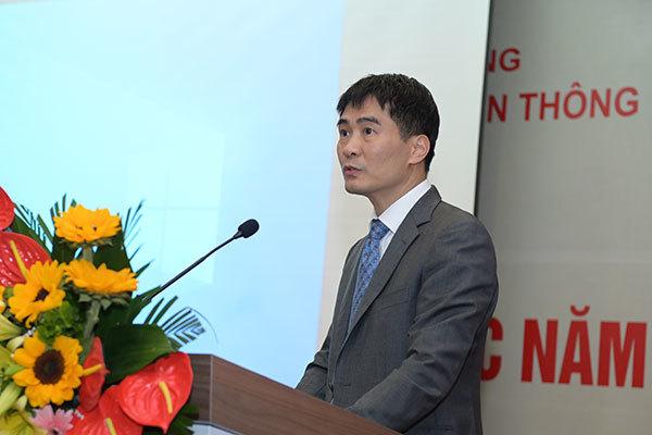 Ông Nguyễn Phong Nhã, Phó cục trưởng Cục Viễn thông cho biết, năm 2020, Cục đã hướng dẫn các doanh nghiệp viễn thông triển khai nhiều giải pháp, biện pháp ứng dụng CNTT, dịch vụ viễn thông trong hoạt động phòng chống dịch Covid 19.