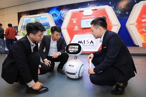 """MISA """"ghi danh đúp'' tại top 10 Sản phẩm công nghệ số Make in Viet Nam"""