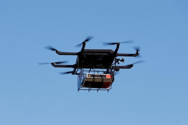 Mỹ quy định drone cần có ID, trang bị đèn ban đêm