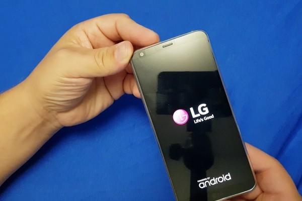 Vì sao LG 'tụt dốc không phanh' ở mảng smartphone? - Ảnh 2.