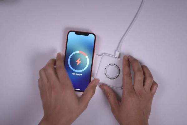 iPhone 12 cần được để cách máy trợ tim ít nhất 15cm