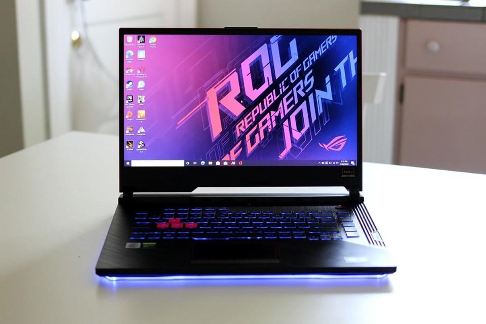 Nhiều laptop giảm giá cận Tết
