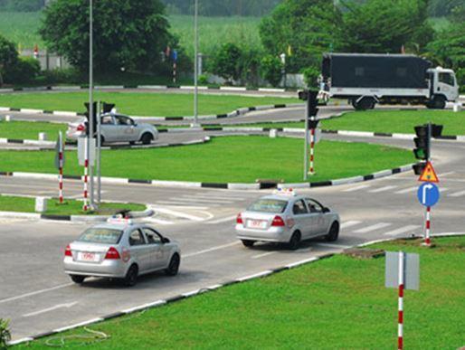 Ứng dụng phần mềm mô phỏng vào đào tạo lái xe trong cuối năm 2021