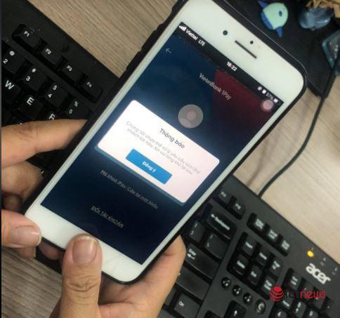Nhiều ngân hàng gặp lỗi giao dịch online, khách hàng than trời vì không thể chuyển khoản
