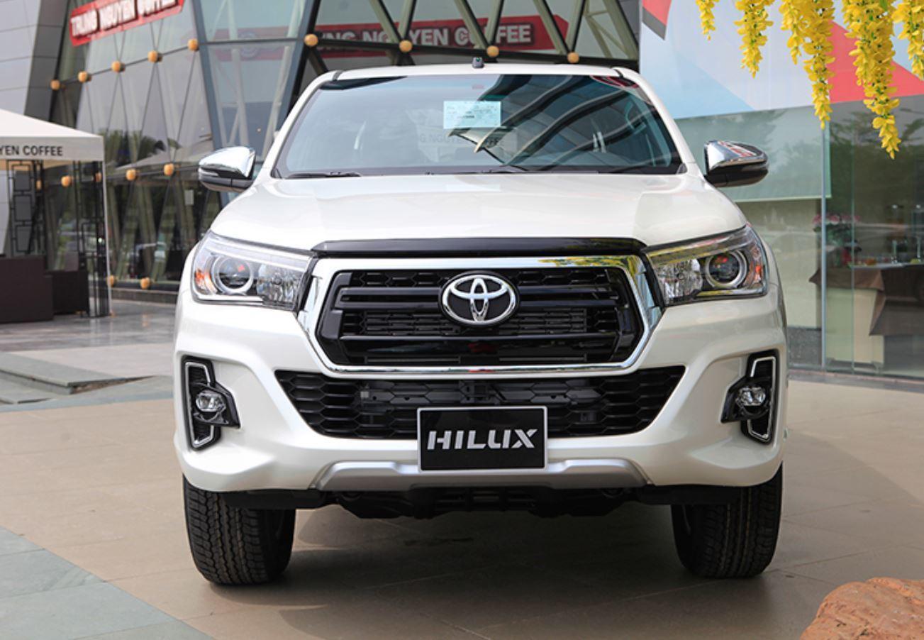 Triệu hồi gần 2.000 xe bán tải Hilux vì lỗi trợ lực phanh