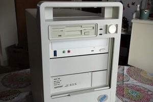 Vì sao máy tính Windows ngày nay chỉ có ổ C trở đi?