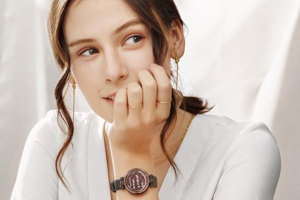 Garmin giới thiệu đồng hồ cho nữ tại Việt Nam