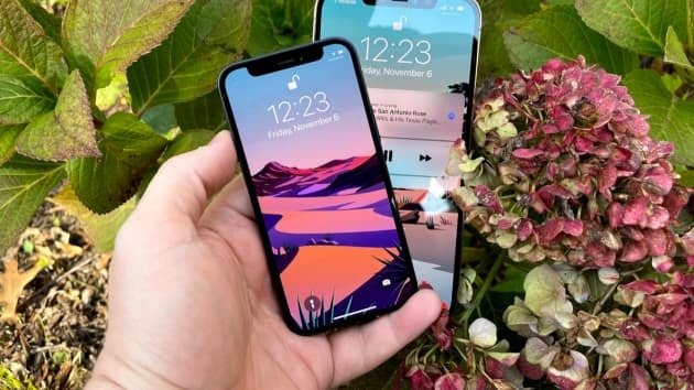 Hé lộ thời điểm Apple ra mắt iPhone không 'tai thỏ'