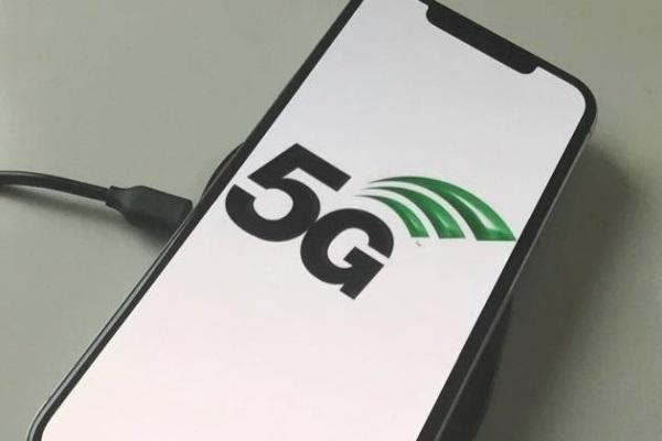 Viettel là nhà mạng đầu tiên hỗ trợ 5G trên eSIM cho iPhone 12