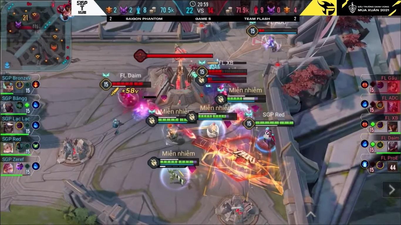 Team Flash gục ngã ở trận siêu kinh điển nghẹt thở