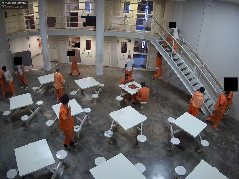 Hacker tấn công hàng trăm ngàn camera an ninh tại nhà tù, bệnh viện, Tesla