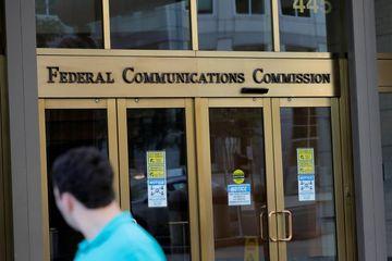 Mỹ bắt đầu tước giấy phép hai hãng viễn thông Trung Quốc