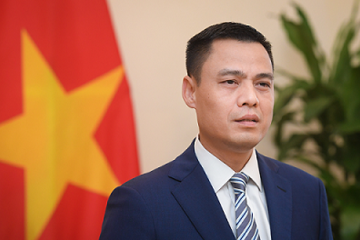Thứ trưởng Bộ Ngoại giao: Viettel khẳng định hình mẫu về một doanh nghiệp Việt dũng cảm, tiên phong, khao khát chinh phục thế giới