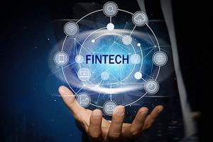 Khởi động cuộc thi ứng dụng Fintech và Blockchain dành cho học sinh, sinh viên