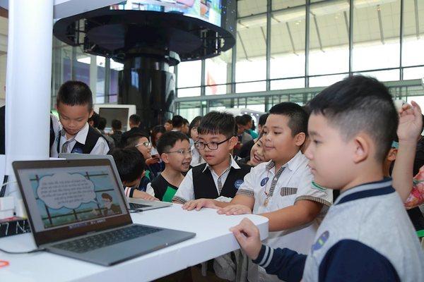 """""""Top 10 doanh nghiệp CNTT Việt Nam 2021"""" bổ sung nhiều lĩnh vực công nghệ mới"""