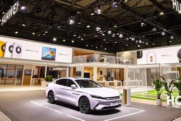Huawei mang bất ngờ lớn đến ngành ôtô, tuyên bố vượt Tesla