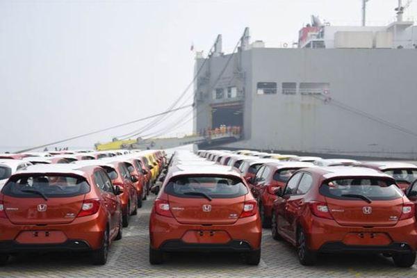 Xe Trung Quốc về Việt Nam tăng gấp 6 lần trong quý I/2021