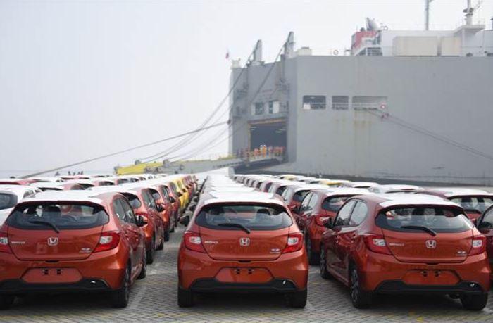 xe nhập khẩu