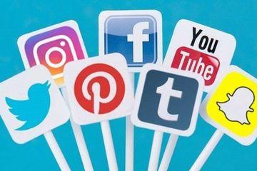 """Doanh nghiệp """"đổ tiền"""" quảng cáo trên mạng xã hội"""