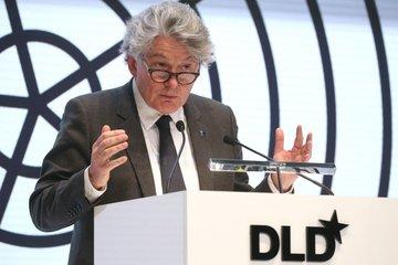 """EU muốn giành lại ngôi vô địch bán dẫn sau thời gian 'ngây thơ"""""""
