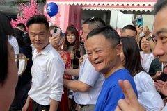 Jack Ma xuất hiện kín đáo tại ngày hội gia đình Alibaba