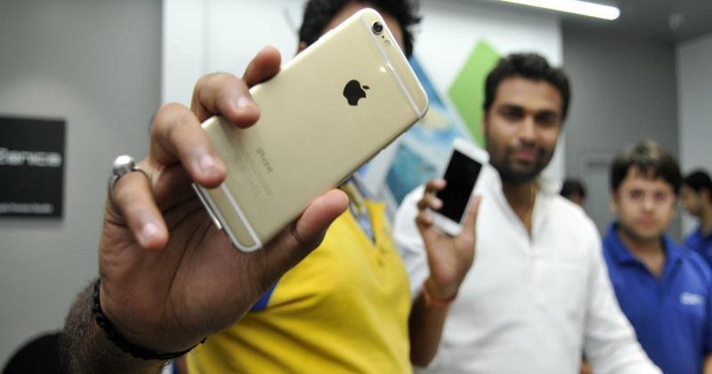 Covid-19,iPhone 12,Apple