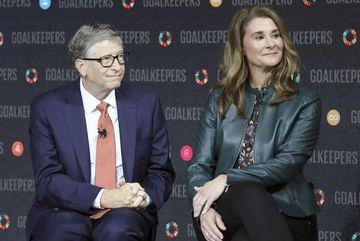 Bill Gates từng quan hệ ngoài luồng với nhân viên Microsoft?