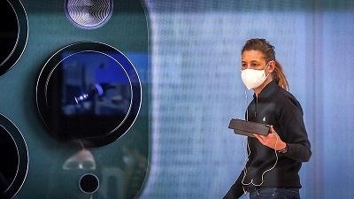 Những chiếc iPhone đời mới liên tục lén lút chụp người dùng?