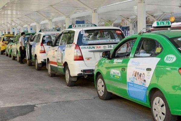 Kéo dài thời gian đăng kiểm cho taxi, xe công nghệ