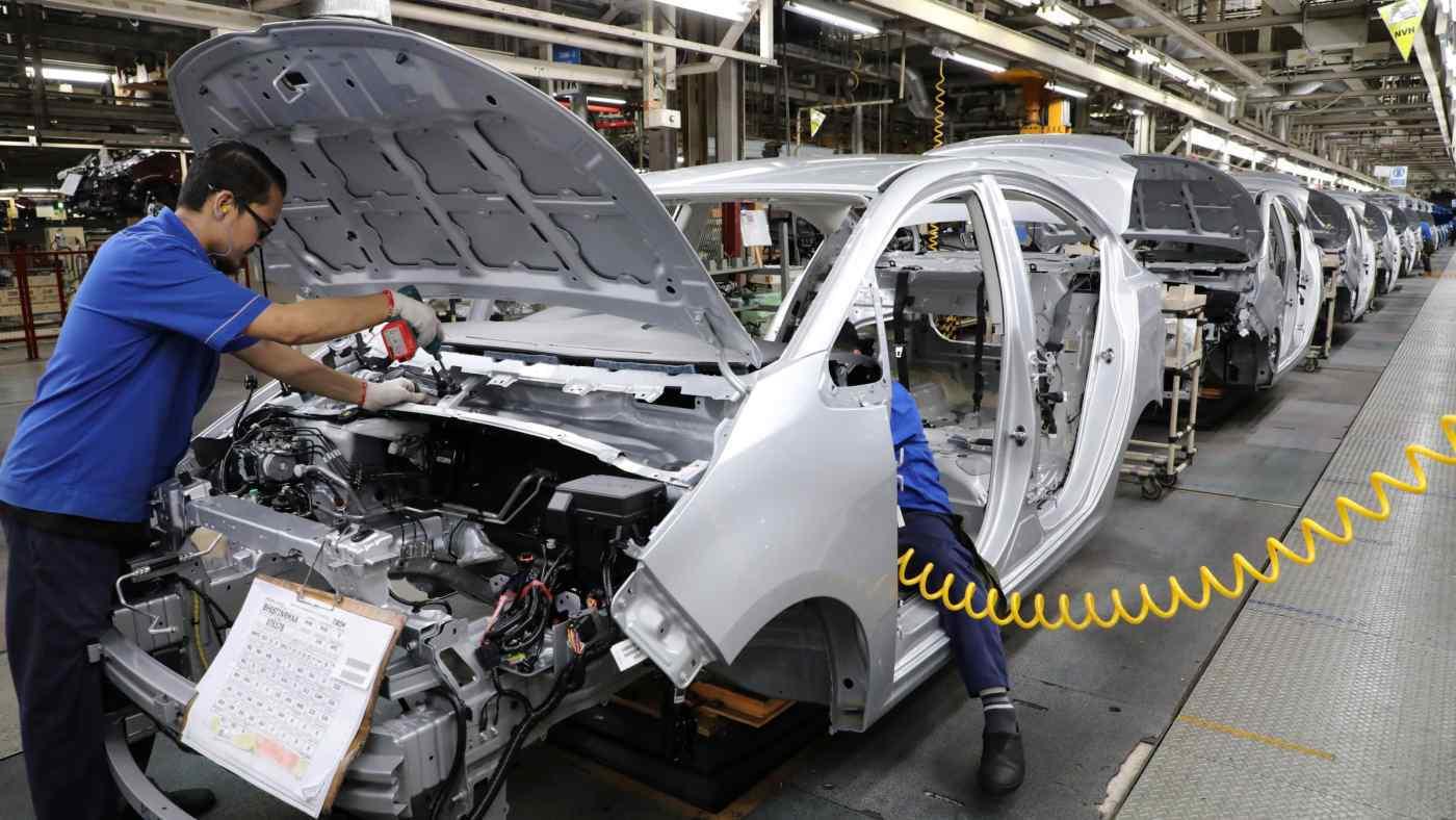 Malaysia phong tỏa, Toyota, Honda dừng sản xuất ô tô