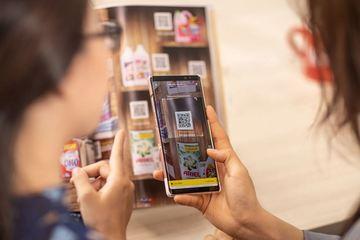 """Thay đổi thói quen, người Việt lên """"bách hóa online"""" mua thực phẩm, gia vị"""