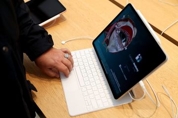 Apple phát triển iPad Pro sạc không dây đầu tiên