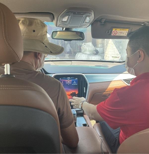 Lái thử xe tại nhà chuẩn 5K của VinFast: Giải pháp tiên phong làm an lòng khách hàng mùa Covid