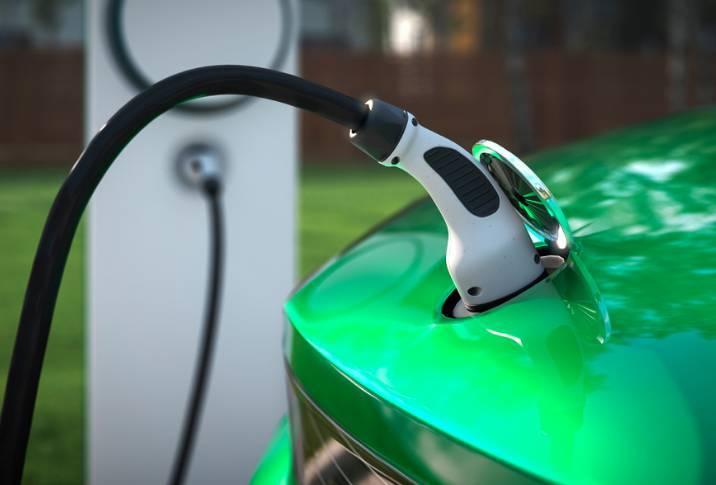 Vì sao hãng gọi xe công nghệ muốn chuyển sang xe điện?