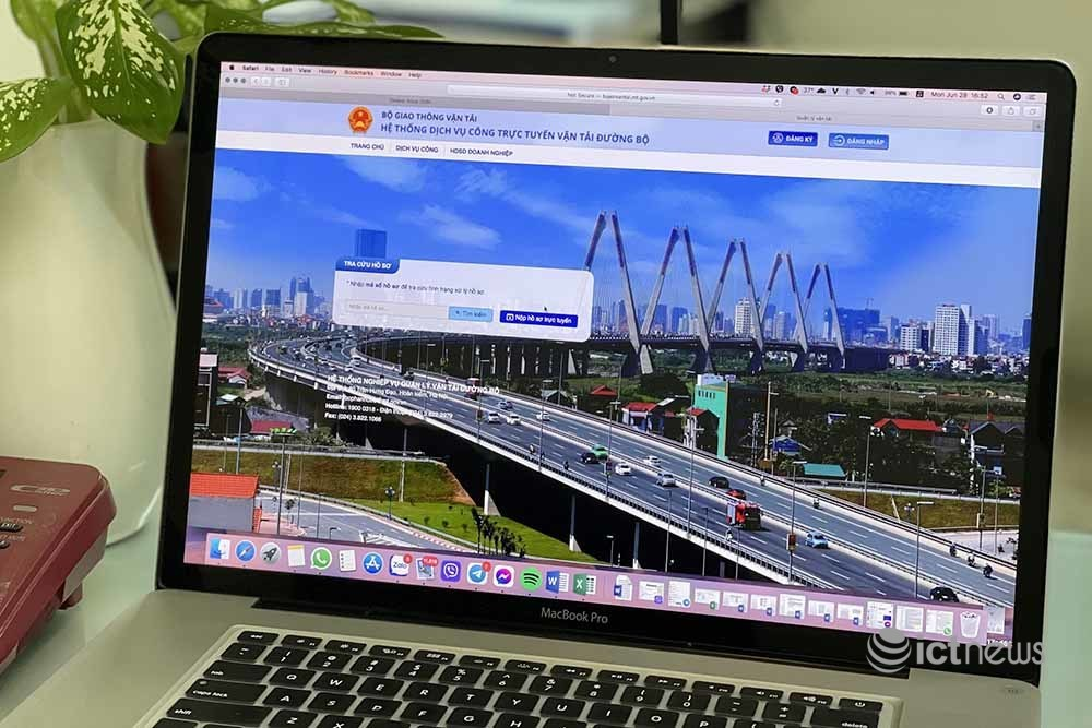 Nhà xe được chọn giờ xuất bến và đăng ký tuyến khai thác online từ ngày 1/7