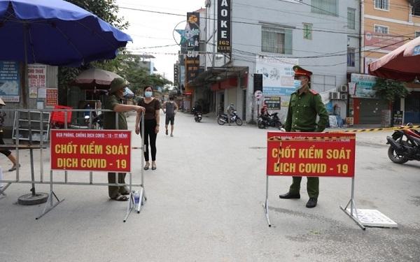 Những mẩu chuyện nhỏ giữa tâm dịch lớn Bắc Giang