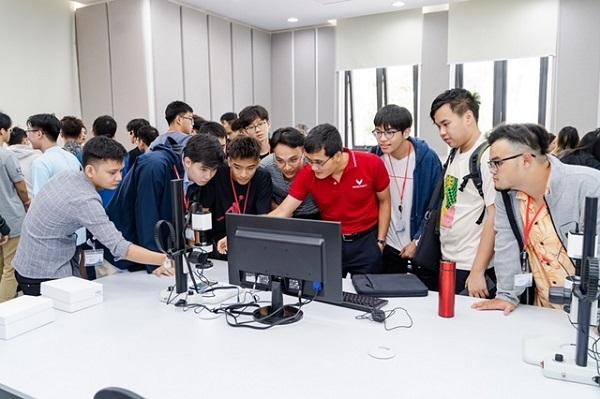 Từ sinh viên 'lười' đến thực tập sinh tại Trung tâm Siêu máy tính Quốc gia Mỹ