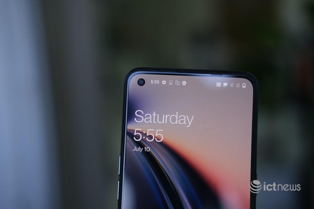 Hình ảnh chi tiết điện thoại 5G mới của OnePlus tại Việt Nam