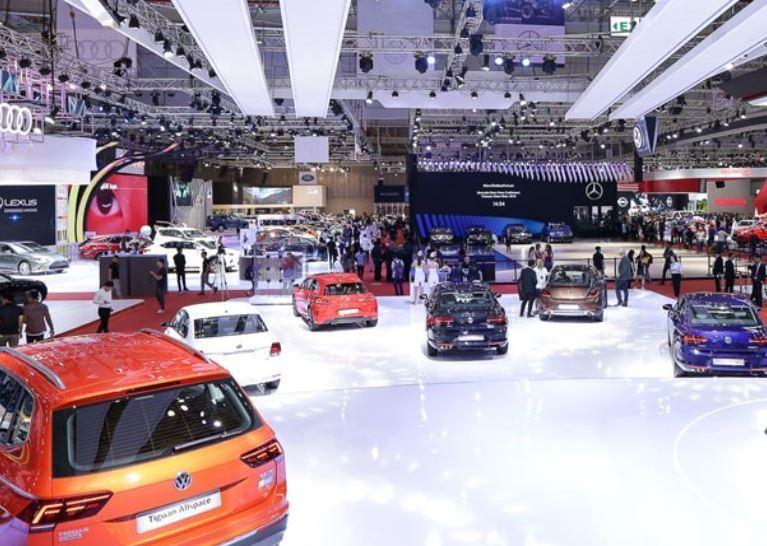 Hãng lớn mạnh tay giảm giá, thị trường ô tô Việt vẫn sụt giảm trong tháng 6/2021