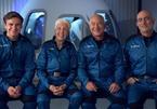 Jeff Bezos vào không gian và trở về thành công