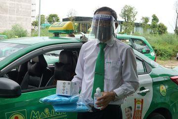 Hà Nội phê duyệt cho 200 xe taxi hoạt động trong các trường hợp khẩn cấp