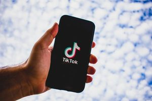 Huawei, TikTok đổ tiền vận động chính phủ Mỹ