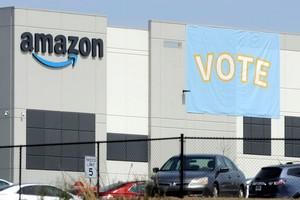 Amazon vi phạm luật lao động Mỹ