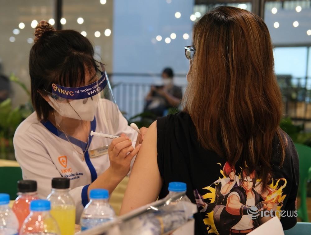Ứng dụng CNTT giúp TP.HCM đẩy nhanh tiến độ chiến dịch tiêm chủng