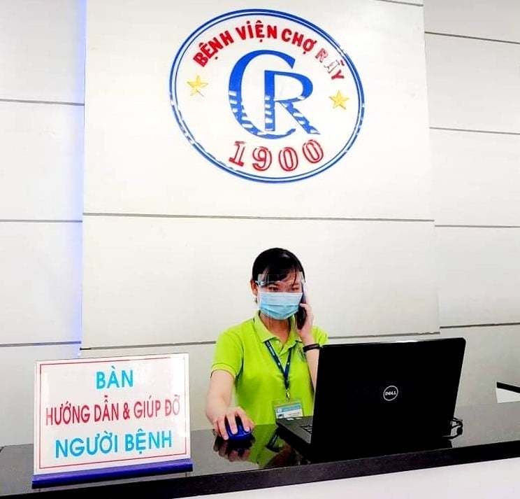 Bệnh viện Chợ Rẫy tư vấn bệnh từ xa cho bệnh nhân không nhiễm Covid-19