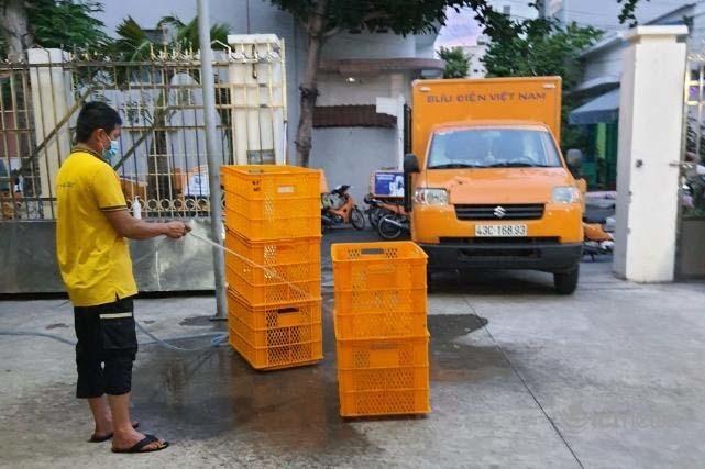 Bưu chính điều chỉnh luồng vận chuyển để duy trì lưu thông hàng hóa Bắc - Nam