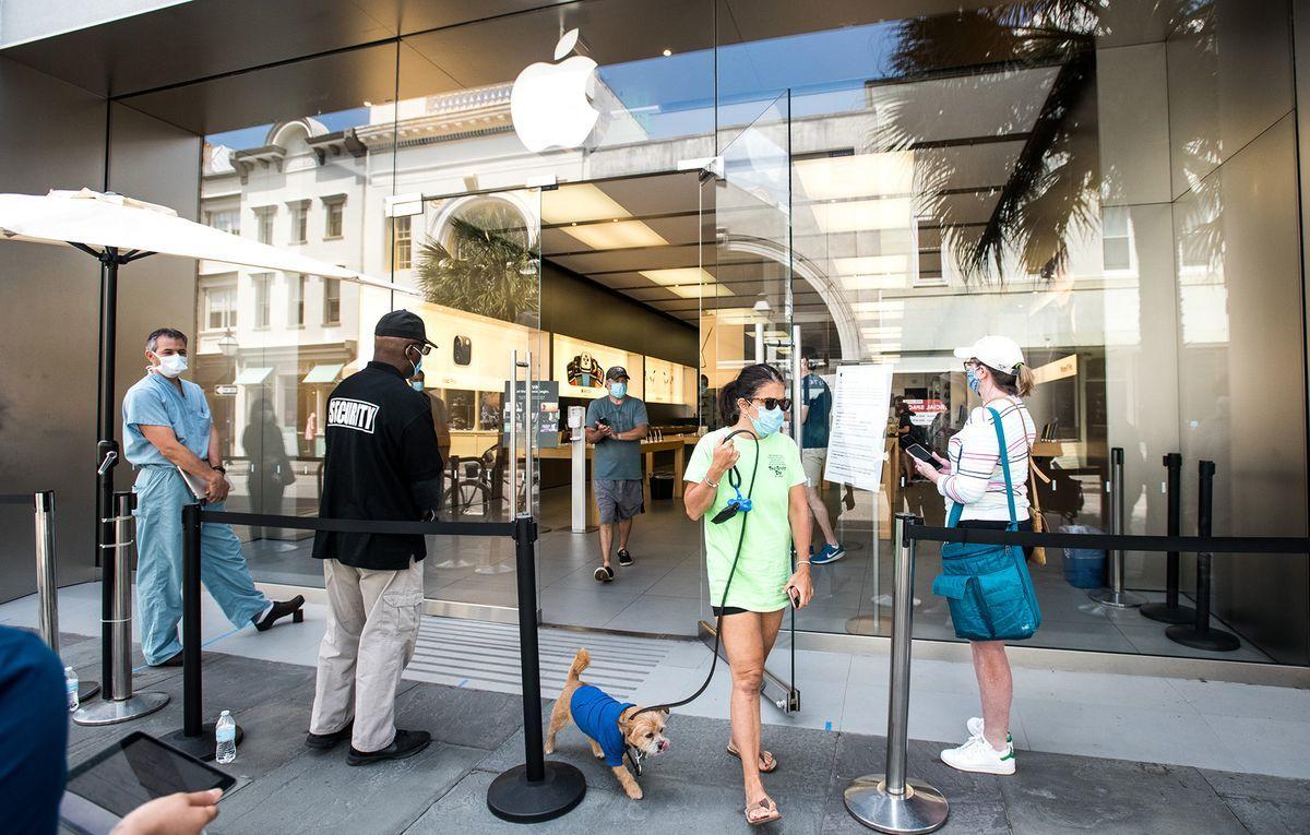 Apple đóng một cửa hàng tại Mỹ sau khi 20 nhân viên nhiễm Covid-19
