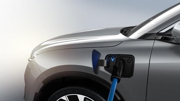 Xe điện VinFast sẽ ưu việt thế nào với pin thể rắn, sạc siêu nhanh?