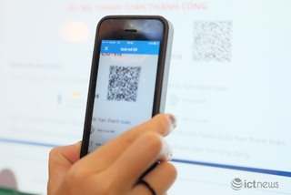 Digital payments increase but cash payments are still popular in Vietnam